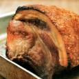 Свиная корейка с квашеной капустой и сливочно-горчичным соусом