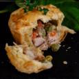 Мини-пирожки с курицей и овощами