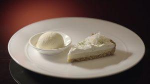 Лаймовый пирог с ванильным мороженым