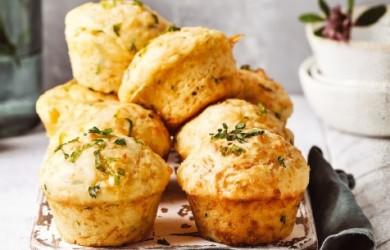 сырные маффины с чесноком