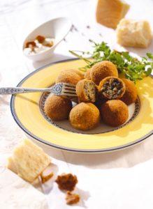 Закусочные шарики из баклажанов