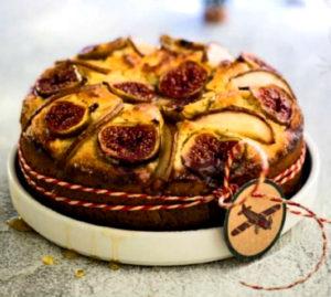 пирог с грушами и инжиром