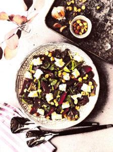 салат из запеченной свеклы с сыром