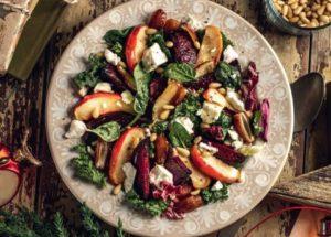 Рецепты овощных салатов из запеченной свеклы