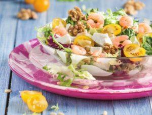 салат с фетой и креветками