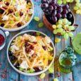 Салат из кольраби с брынзой и виноградом
