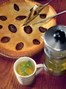 сливовый пирог клафути