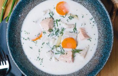 Карельский сливочный суп с треской и форелью