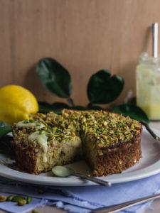 лимонно-фисташковый пирог